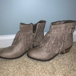 greyish tan fringe booties